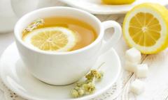 <b>小暑天气喝什么茶,柠檬茶女人的最爱</b>