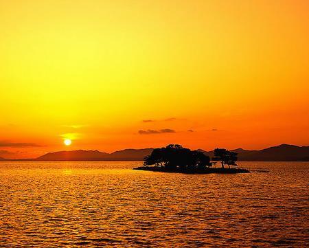 描写夕阳的诗句有哪些?跟着农历网小编了解一下吧