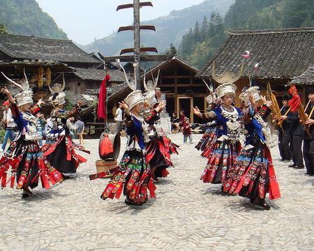 苗族的传统文化艺术有哪些