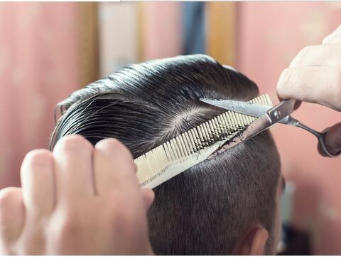 周公解梦梦见自己剪发是什么意思